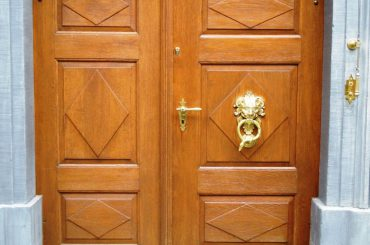 wood-entry-door-frame.com